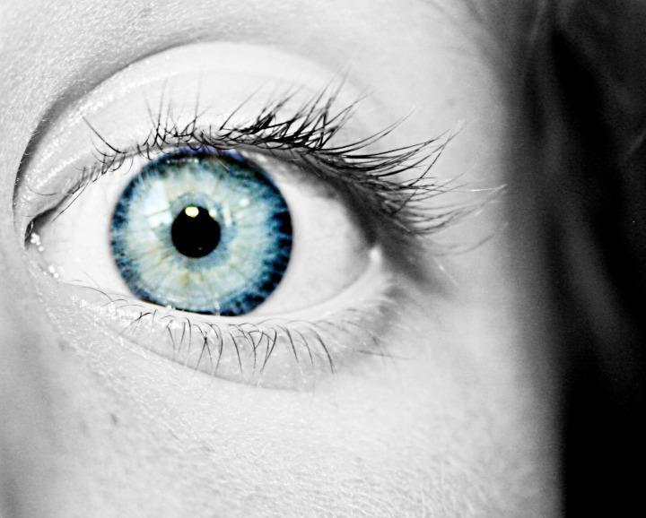 sxc-eyeball-461513_60183247